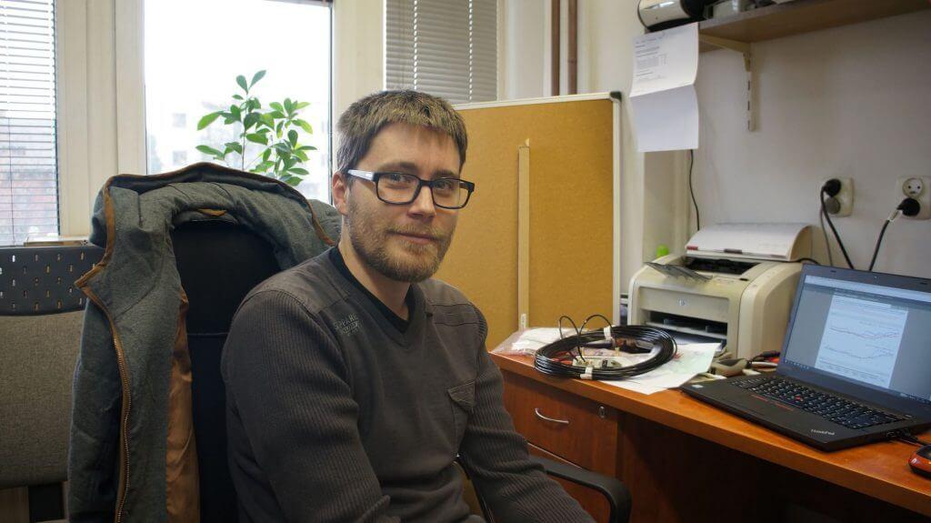 Dr inż. Jakub Bartyzel w rozmowie: jak wybrać oczyszczacz powietrza?
