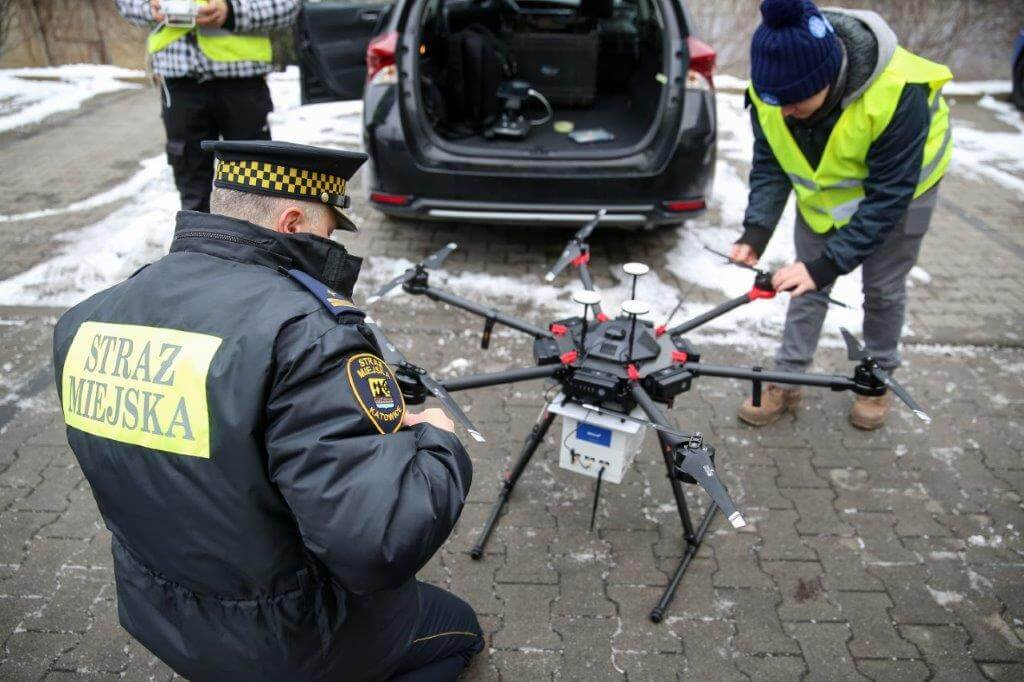 Mariusz Sumara dron śmieci katowice