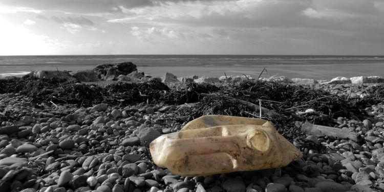 plastik w oceanach. fot. Richard Black