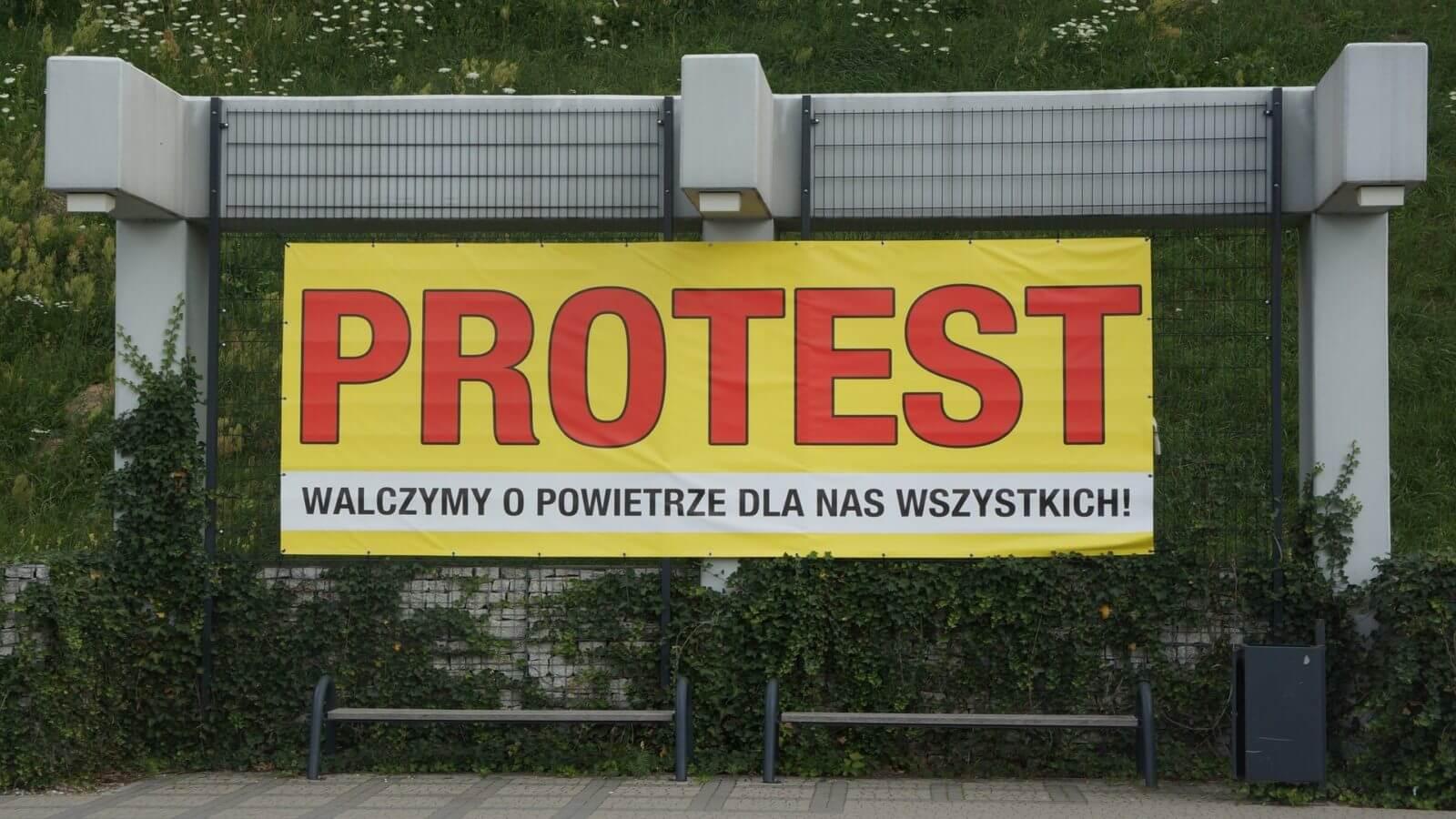 mielec. protest. kronospan