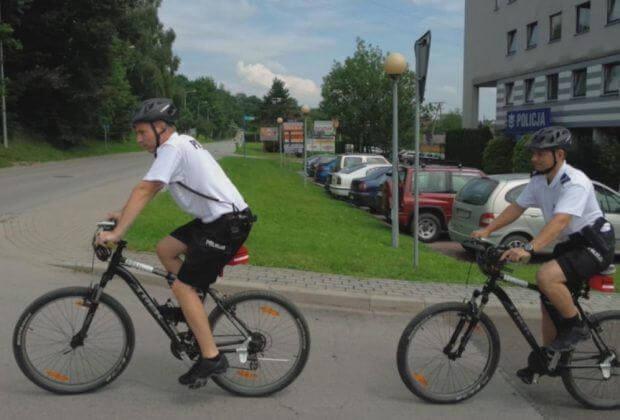 Policjanci na rowerach