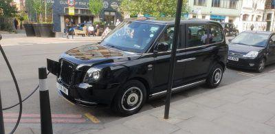 Samochód na taksówkę. Fot. rich.tee
