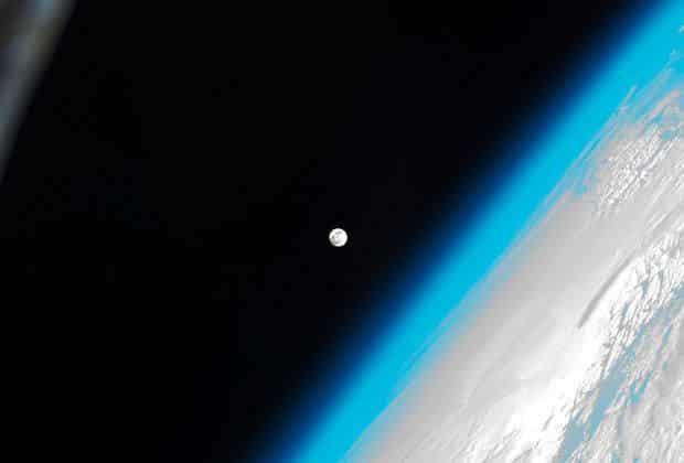 Dziura ozonowa.