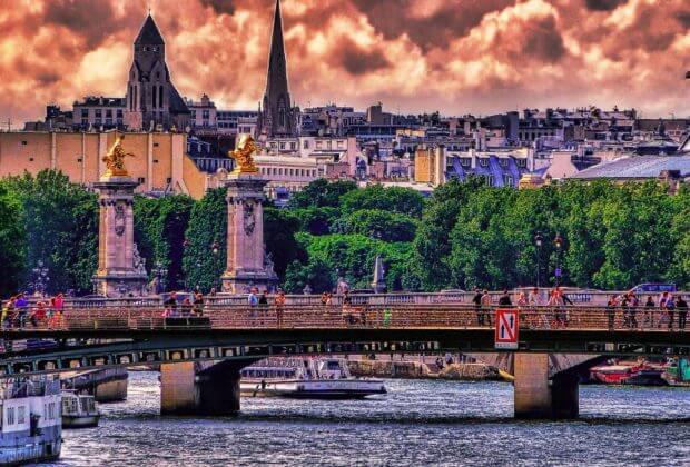 Paryż. Opłata za wjazd. Fot. Mariano Mantel