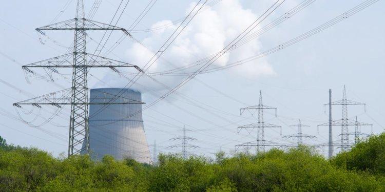 Ministerstwo nie wie, ile będzie kosztować energia z atomu. Ale zakłada, że powstrzyma wzrost cen prądu