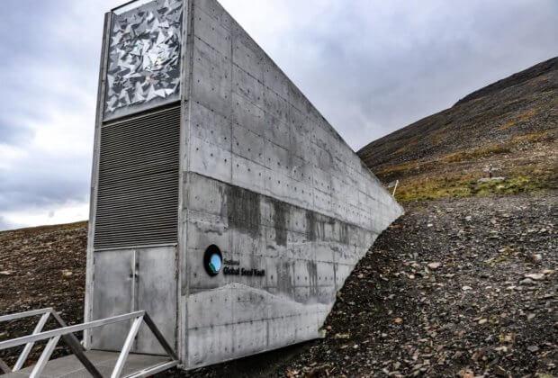 Bank nasion - Globalny arktyczny norweski bank nasion krypta zagłady - doomsday vault - Bank nasion miał nas chronić na wypadek zmiany klimatu. Teraz sam jest zagrożony