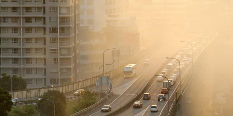 Psychoza u nastolatków może mieć związek z zanieczyszczeniem powietrza