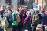Extinction Rebellion XR Londyn Klimatyczna rebelia na ulicach Londynu w Londynie. XR nie odpuszcza Rebelia Bunt