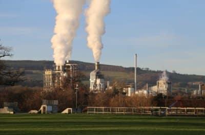 Kronospan na Wyspach ukarany za zanieczyszczenie kanalizacji. Do zapłaty 80 tys. funtów grzywny i 48 tys. kosztów sądowych
