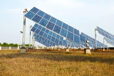 nowy raport odejscie od wegla oszczednosci fotowoltaika elektrownie wiatrowe