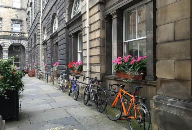 W Edynburgu wprowadzono cykliczne dni bez samochodu. Dla powietrza i klimatu