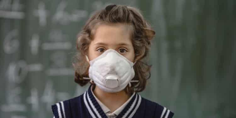 Agencje ochrony środowiska edukują o smogu dzieci oraz młodzież. Program EAŚ działa w 10 państwach Unii