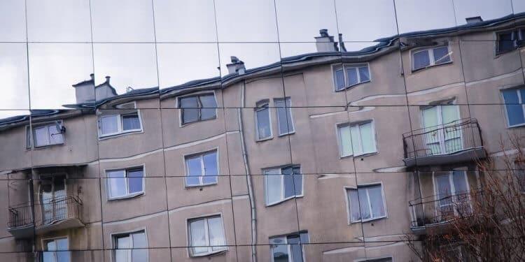 Estończycy modernizują poradzieckie bloki mieszkalne, by stworzyć energooszczędne inteligentne miasto