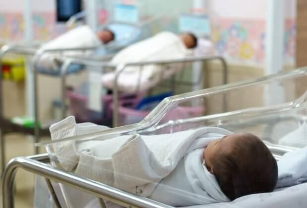 Smog w ostatnim tygodniu ciąży to większe ryzyko, że noworodek trafi na OIOM