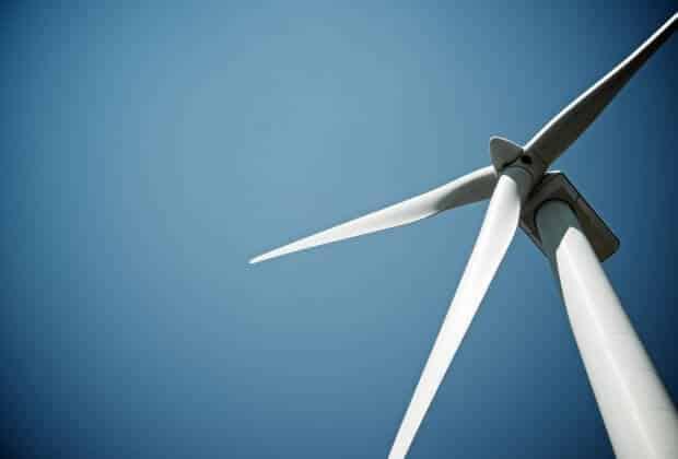 U wybrzeży Holandii powstaje największa turbina wiatrowa na świecie. Jedno skrzydło ma 107 metrów długości [WIDEO]