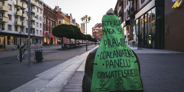 Wrocławskie ruchy społeczne domagają się wyjątkowego stanu klimatycznego i panelu obywatelskiego o klimacie