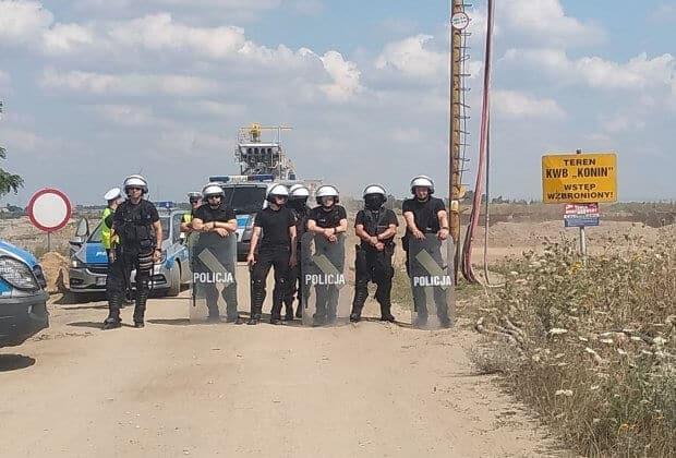 Policja Obóz dla Klimatu