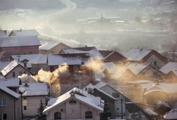 Inspekcja handlowa ma dostać nowe narzędzia do walki z kopciuchami. Sejm pracuje nad nowelizacją Prawa ochrony środowiska