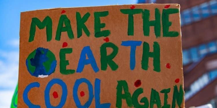Klimatyczny protest młodzieży w Lozannie. Zakończyło się kilkudniowe spotkanie strajków klimatycznych
