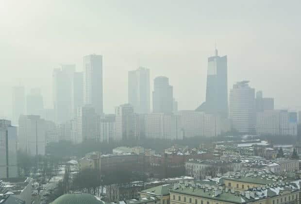 Co politycy chcą zrobić ze smogiem Polski Alarm Smogowy stawia konkretne pytania i czeka na odpowiedź komitetów wyborczych