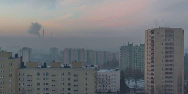 Naukowcy wykryli mikroplastik w powietrzu w Krakowie