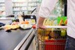 Sieć supermarketów w Finlandii wprowadziła happy hour, by walczyć z marnotrawieniem żywności