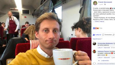 Franek Sterczewski w pociągu