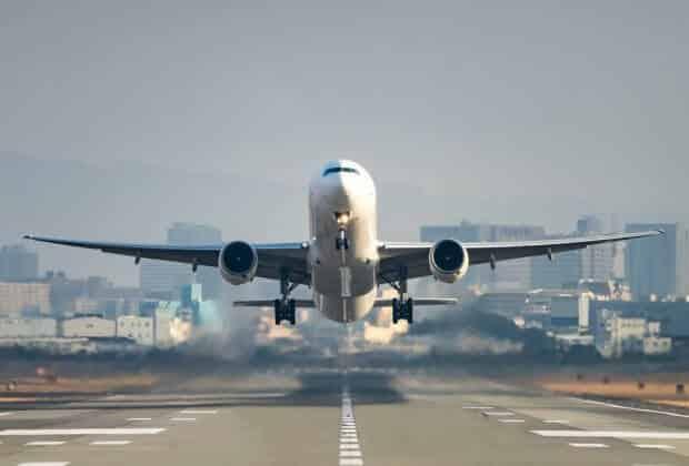 8 państw Unii Europejskiej chce opodatkować emisje CO2 pochodzące z lotnictwa
