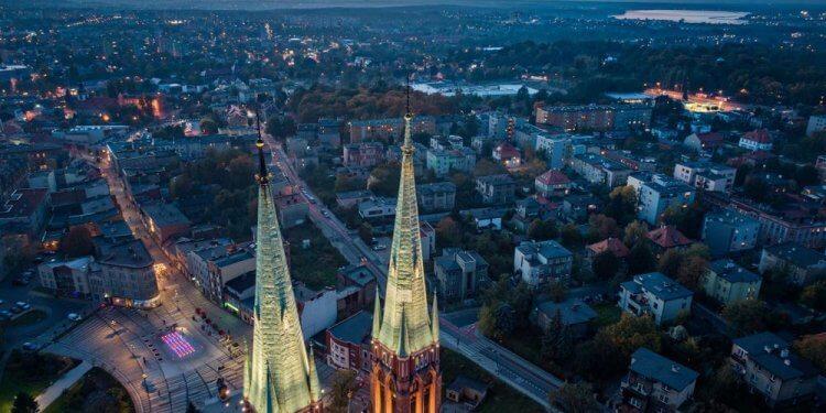 List Rybniczanek trafił do lokalnych parafii. Razem z Prezydentem Rybnika apelują o wymianę kotlów