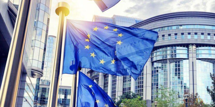 Parlament Europejski ogłasza stan zagrożenia klimatycznego. Chcą by budżet UE sprzyjał ograniczeniu ocieplenia do 1,5°