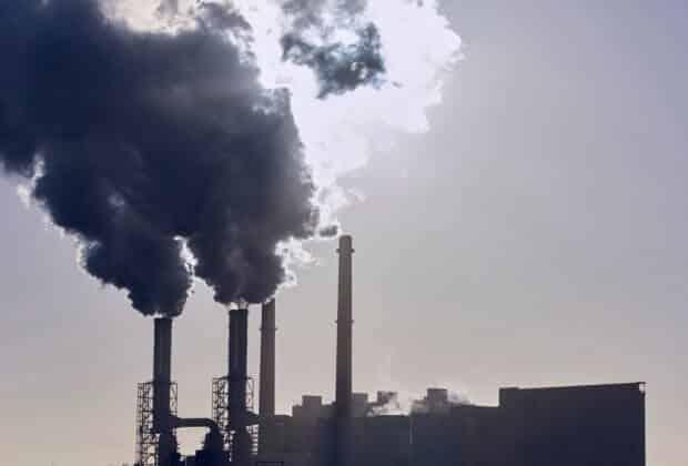 Rekordowy wzrost stężenia CO2. Nie ma oznak spowolnienia, nie mówiąc już o spadku