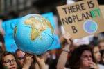 Strajk klimatyczny wybrany słowem roku przez słownik Collinsa. Zwrotu używano 100-krotnie stukrotnie częściej niż w 2018