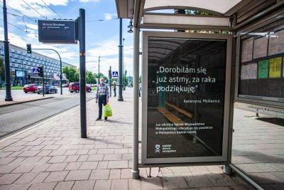 """""""Przeprowadziłem się na wieś, żeby mieć czyste powietrze, a tu nieraz nie da się wyjść z domu. Okoliczne wsie kopcą bardziej niż Kraków."""" Głos w konsultacjach społecznych nowego Programu ochrony powietrza dla województwa małopolskiego."""