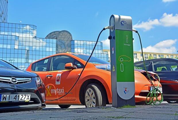 samochody elektryczne nowa bateria