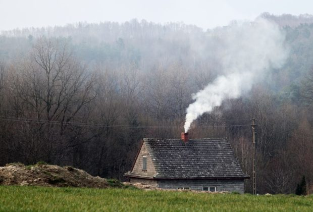 dym nad domem