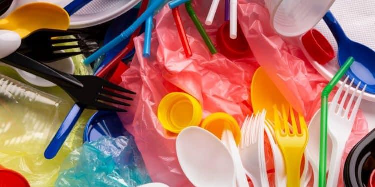 plastik anglia zakaz